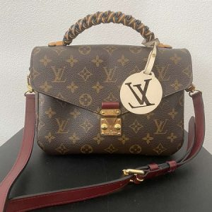Сумка Louis Vuitton Pochette Metis